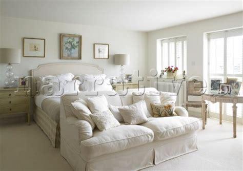 sofa at foot of bed dp022 09 two seater sofa at foot of bed with a pair o