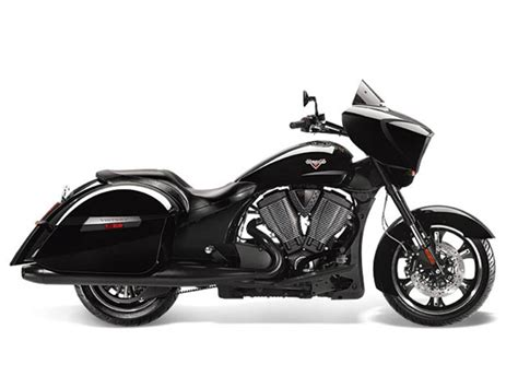 2014 Victory Cross Country 8-ball Review