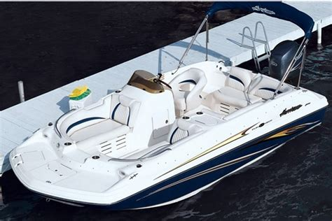 Hurricane Wakeboard Boats by Rent A Hurricane 240 24 Motorboat In Miami Fl On Sailo