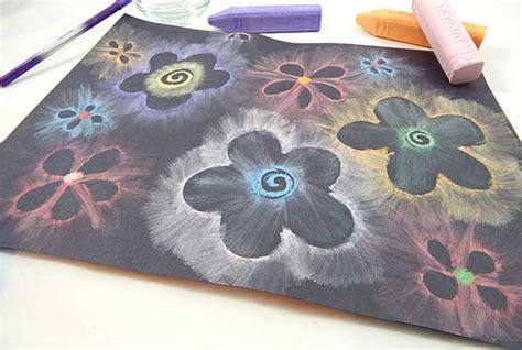 Glowing Chalk Flowers Craft