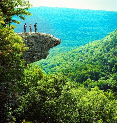 year  falls   death  hawksbill crag