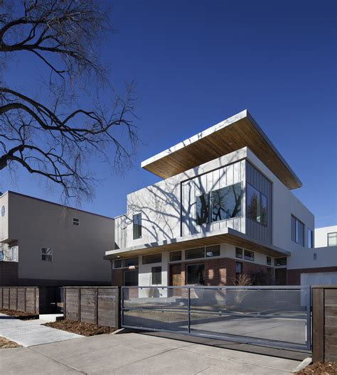 Gallery of Shift Top House / Meridian 105 Architecture - 3