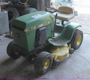 John Deere 116 Lawn Mower
