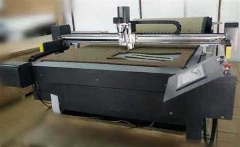 Moto Floor Mat / Velvet Car Car Mat Production Cutting