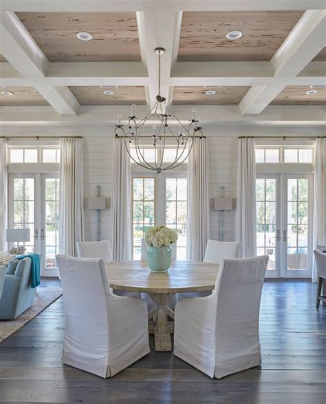 Kitchen Chairs Gold Coast by 25 Best Ideas About Coastal Dining Rooms On