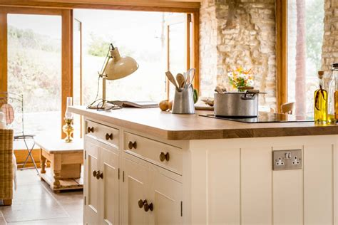 traditional country kitchen a traditional country kitchen sustainable kitchens 2894