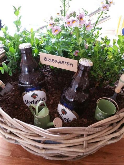 geschenke für gartenfreunde mini biergarten geschenk f 252 r m 228 nner geschenke schenken verschenken blumen pflanze bier