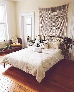 Erste Eigene Wohnung Einrichten : uovirginia bedroom pinterest schlafzimmer schlafzimmer ideen und bett ~ Markanthonyermac.com Haus und Dekorationen