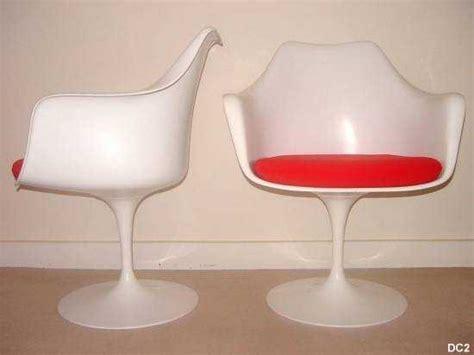 fauteuil tulipe knoll table de lit