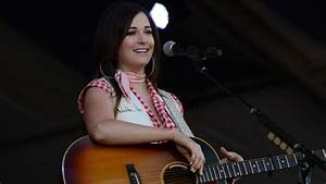 Kacey Musgraves Announces New Album 39Pageant Material