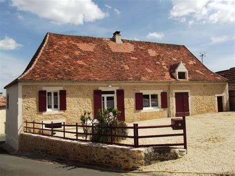 maison 224 vendre en aquitaine dordogne p 233 rigourdine en pierres avec cour et terrain ref