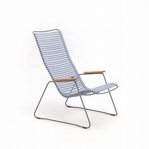 Fauteuil D Extérieur : un petit fauteuil d 39 ext rieur bleu pastel en r sine et acier ~ Teatrodelosmanantiales.com Idées de Décoration