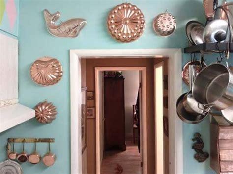group art  collectibles  high impact wall decor  basic ideas   reader