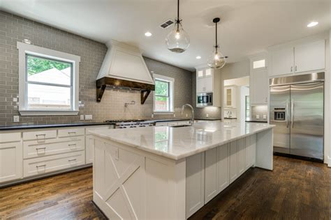 beautiful white kitchen cabinets beautiful white kitchens house of hargrove 4399