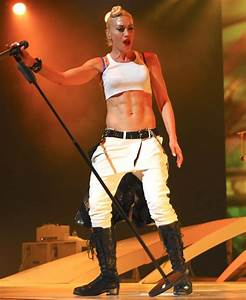 Gwen Stefani Picture 33 - No Doubt Performing in Concert