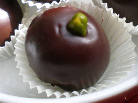 kaâber louze bichoklata boulette d 39 amande au chocolat