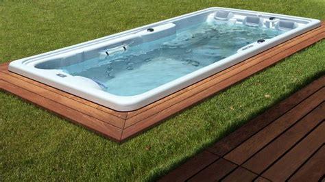 Whirlpool Garten Betriebskosten by Spa Whirlpools Jacuzzis Und Swim Spas