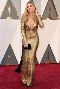 Rachel McAdams Oscars Red Carpet 2016