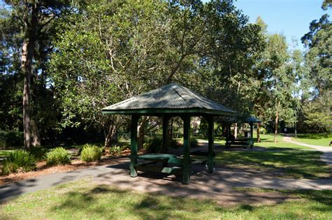 parks with picnic tables near me boronia park epping image 5