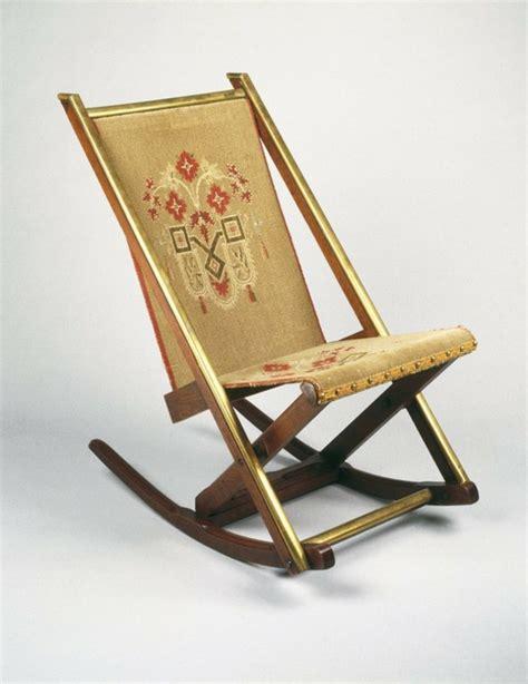 chaise pliante chaises pliantes une chaise pliante antique pictures