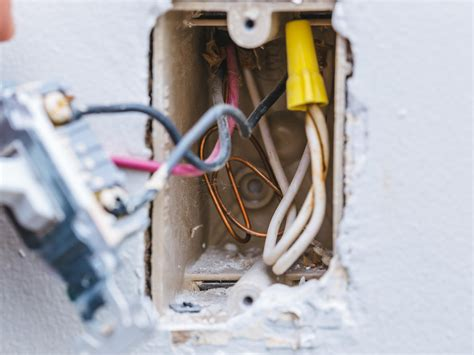 How Replace Your Old Outdated Way Light Switches