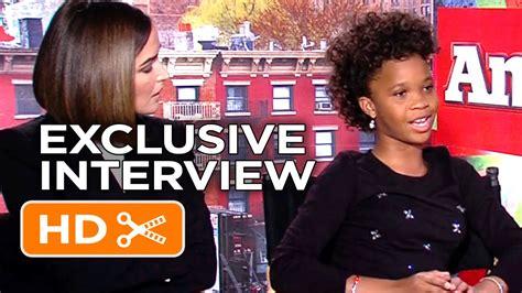 Annie Interview HD   Celebrity Interviews   Movieclips ...