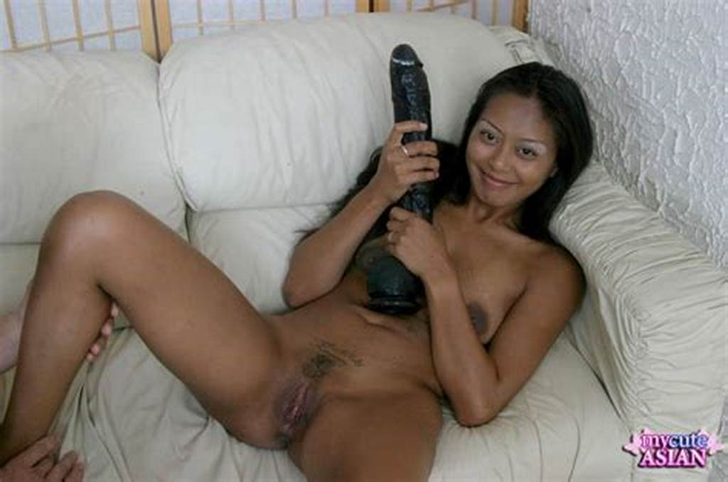 #My #Cute #Asian #Asian #Cunt #Toyed #With #A #Huge #Dildo