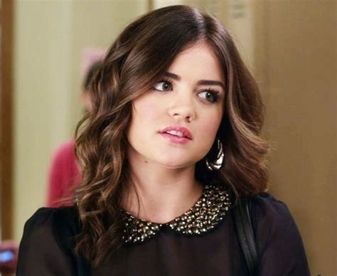 Lucy Hale as Aria Montgomery in PLL | Aria montgomery hair ...