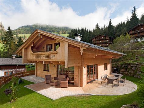 Moderne Häuser Tirol by Fullwood Haus Alpentraum Holzhaus Im Traditionellen