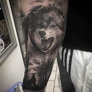 Loup Tatouage Signification : loup qui hurle signification ~ Dallasstarsshop.com Idées de Décoration