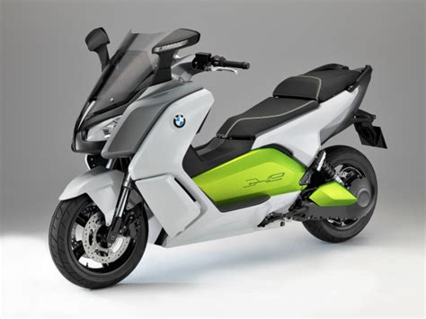 bmws electric scooter packs  mph  green solution