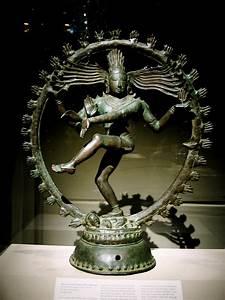 File:India statue of nataraja.jpg - Wikimedia Commons