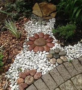 les 25 meilleures idees de la categorie roches d With decorer son jardin avec des galets 1 1001 idees et conseils pour amenager une rocaille fleurie