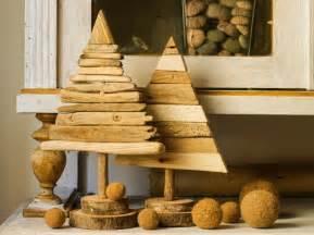 weihnachtsdeko aus holz 30 ideen für weihnachtsdeko aus holz und basteltipps
