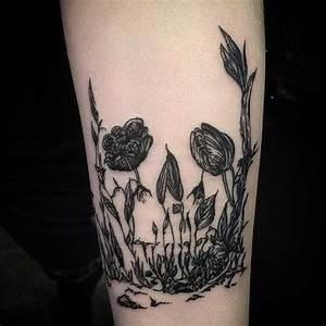 Tattoo Schwarz Weiß : tattoo blumen tattoo schwarz weiss tattoo vorlagen bilder ~ Frokenaadalensverden.com Haus und Dekorationen