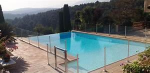 Barriere De Securite Plexiglas : une barri re de s curit piscine pour prot ger vos enfants ~ Dailycaller-alerts.com Idées de Décoration