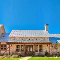 houses with big porches 25 best ideas about hill country homes on