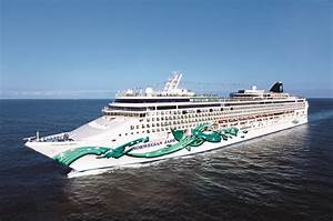 Norwegian Jade Returns To Southampton