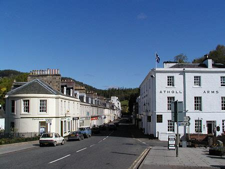 Dunkeld Feature Page on Undiscovered Scotland