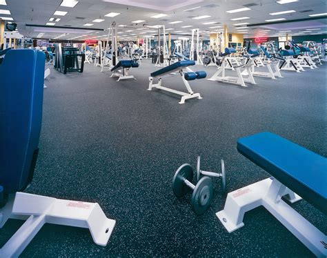 weight room flooring rubber rolls modular tiles health club floors