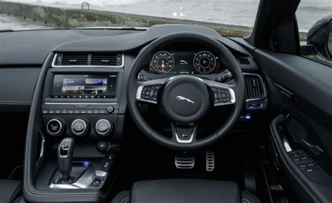 jaguar  pace svr specifications  review