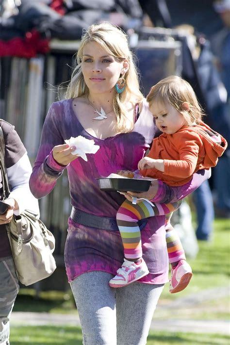 busy philipps carries daughter birdie leigh silverstein