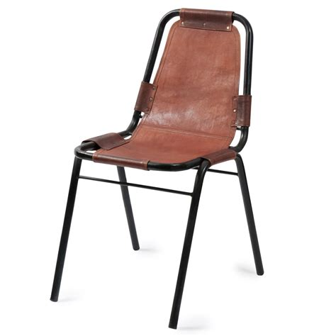 chaises en cuir chaise indus en cuir et métal marron wagram maisons du monde