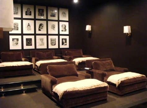 Decorating A Stylish & Comfy Movie Room. Rooms For Rent Santa Monica. Dining Room Mirror Decorating Ideas. Kitchen Window Decor. Rooms For Rent In Clearwater Fl. Small Decorative Chest. Living Room Decorations On A Budget. Decoration Stuff For Party. Paris Decorations Party