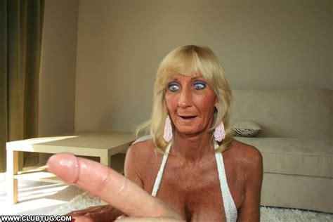 Tugjob Grannies - Adult Webcam Movies