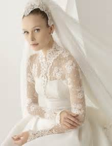 vail wedding 20 of the most stunning sleeve wedding dresses chic vintage brides
