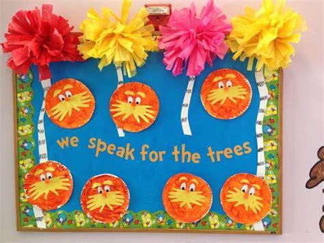 93 best dr seuss classroom theme images on dr 391 | 6951bde95257b807c493f16d1c5d669b dr seuss week dr seuss board