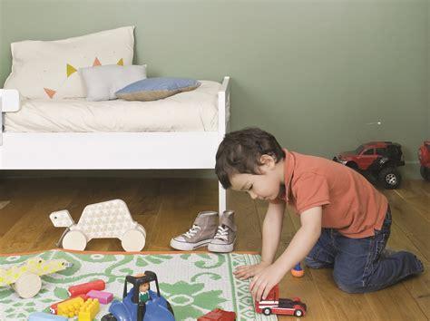 peinture chambre enfants une peinture sp 233 ciale pour chambre d enfants joli place