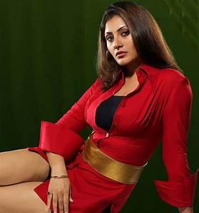 7 Sexy Photos of Rimi Sen | Bollywood latest, actress ...  Rimi
