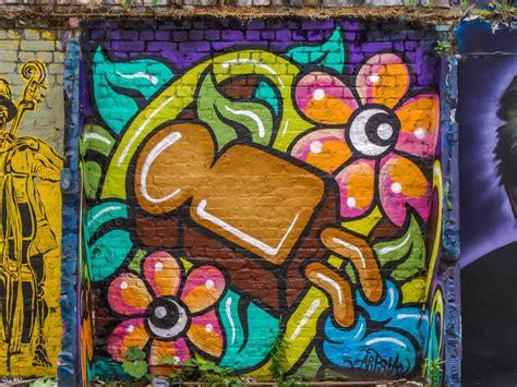 brick lane street art   shoreditch londons